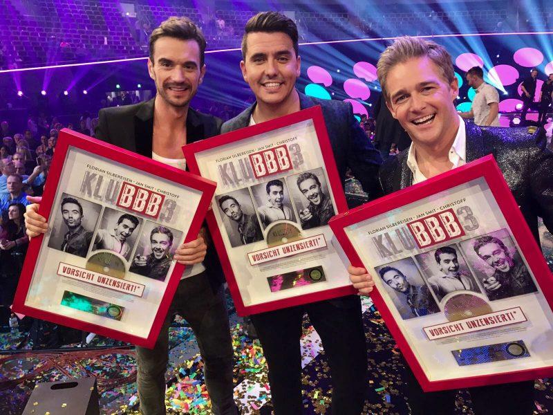 Jan Smit heeft weer een gouden plaat ontvangen. Goud voor Klubbb3 in Duitsland!